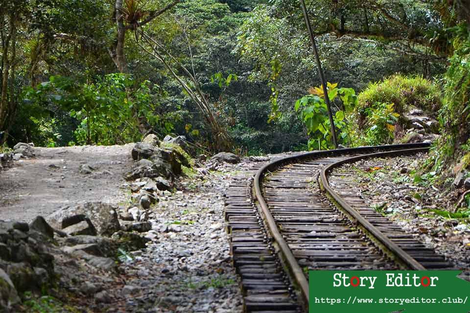 Hydroelectric-Hot-water, train track.  Road to Machu Picchu