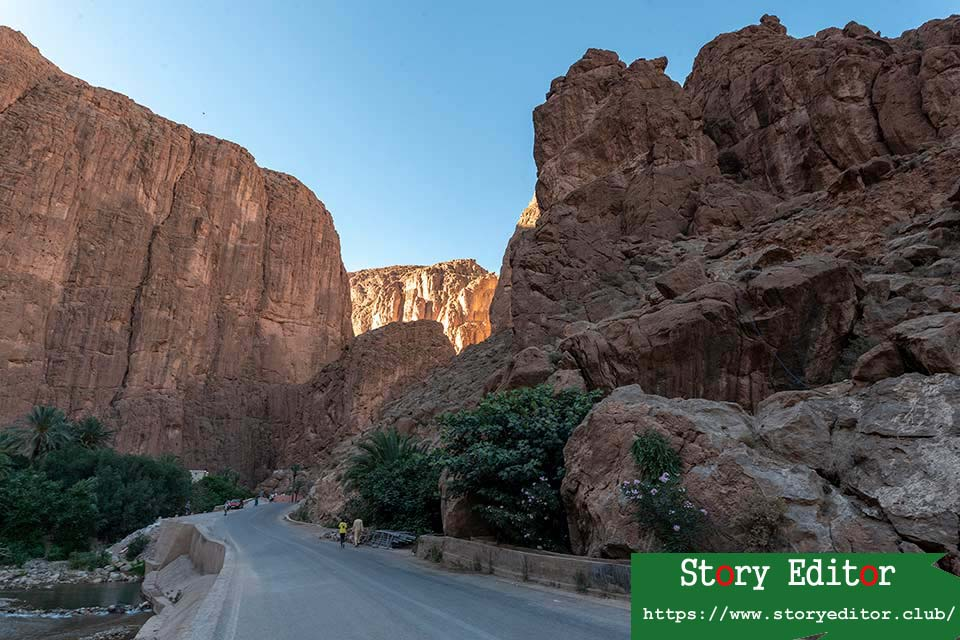 Entrance to the Gorges of Todra (Morocco)
