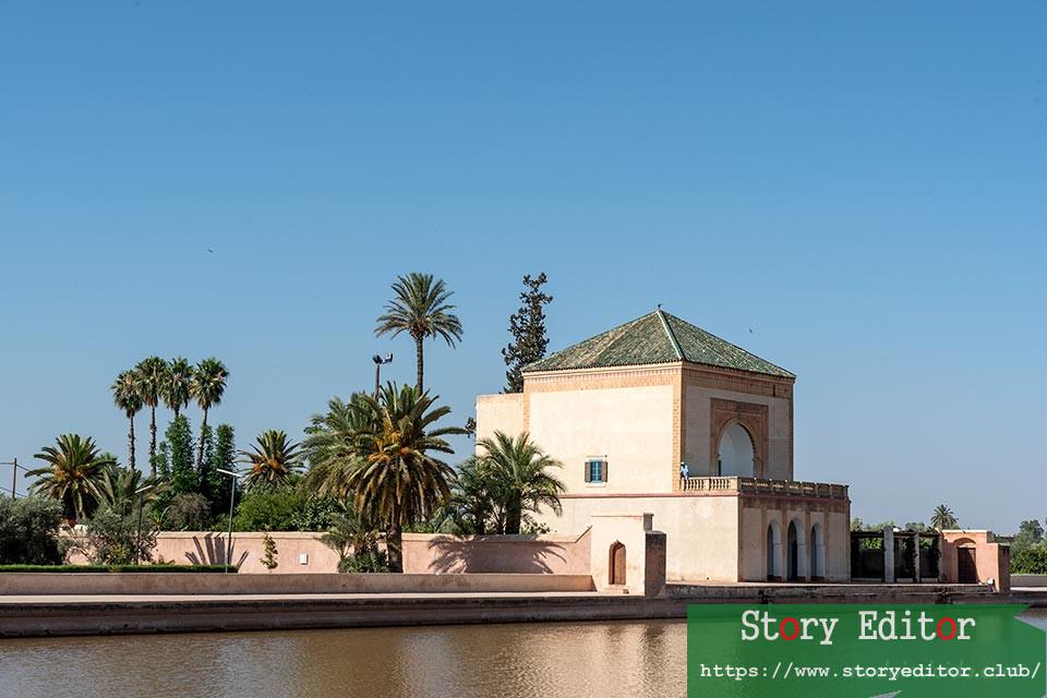 Pavilion in the Menara Gardens in Marrakech (Morocco)