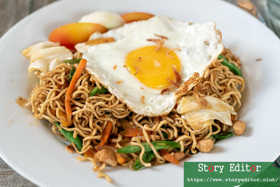 Mie Goreng - Indonesian Food Dish